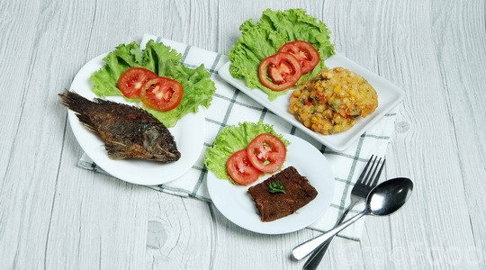 Warung Nasi Ampera Rancagoong Makanan Delivery Menu Grabfood