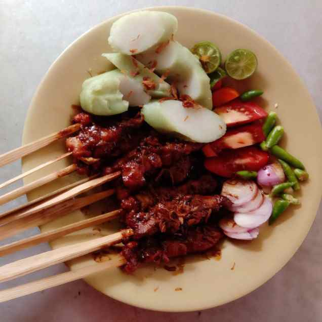 Sate Ayam Kambing H Toyib Pancoran Pancoran Makanan Delivery Menu Grabfood Id