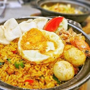 Qq Kopitiam Pacific Place Food Delivery Menu Grabfood Id